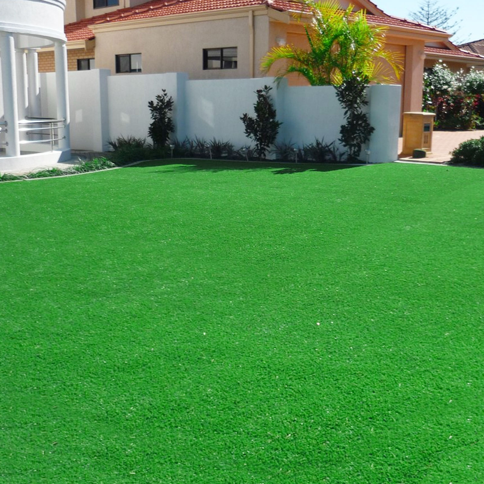 artificial grass landscape synthetic fake lawn. Black Bedroom Furniture Sets. Home Design Ideas
